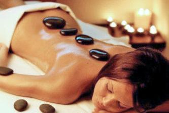 masaje piedras calientes tarargona